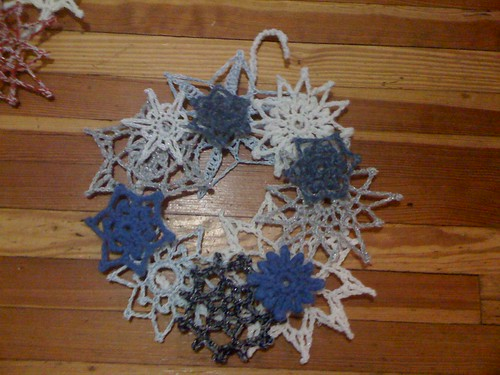 Snowflake Wreath (blue)