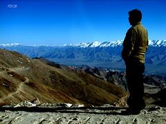 Naveen relishing the Khardungla pass (keedap) Tags: road trip india deepak pass deep nights leh gauri ladakh 1001 abhay naveen surinder mywinners abigfave khardugla mygearandmepremium rememberthatmomentlevel1 rememberthatmomentlevel2 rememberthatmomentlevel3