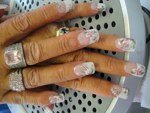 Nail Art Gallery White Blooms Nail Art Design