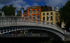 ha'penny bridge (Alan Wrights) Tags: bridge ireland dublin day liffey penny half hapenny