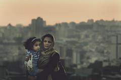 [フリー画像] [人物写真] [一般ポートレイト] [親子/家族] [ストール] [イラン人]      [フリー素材]