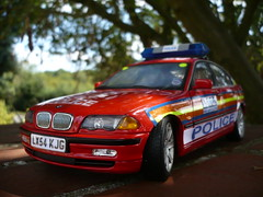 1:18 - BMW 330D Met Police DPG Patrol Vehicle (alan215067code3models) Tags: uk england hot london sports car britain group 911 fast police gift present bmw vehicle series hatch metropolitain met officer patrol escort retirement dpg 118 999 the 330d proection