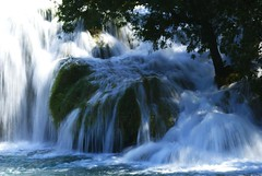 Waterfall (Giuliano Santorelli) Tags: lake waterfall sony 200 mao alpha cascata