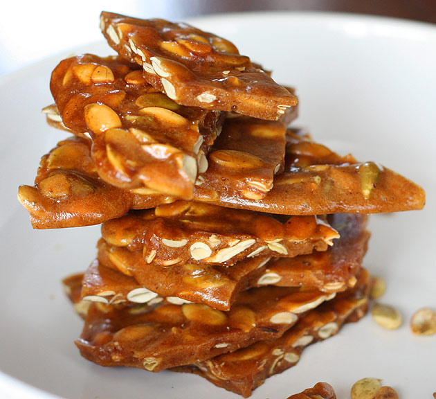 pumpkin-seed-brittle-4