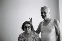 Hassan & Asima (Amir Kuckovic) Tags: portrait blackandwhite bw white black blancoynegro film blanco analog 35mm canon blackwhite funny grandmother kodak ae1 tmax retrato joke negro grandfather explore abuela amir 100 hassan analogue asa canonae1program matrimonio abuelo canonae1p asa100 divertido casados broma maried asima kuckovic amirkuckovic