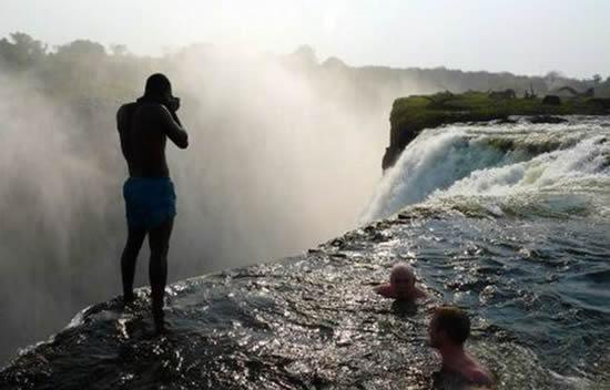 01_waterfall