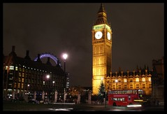 Londres. (jh.tt) Tags: inglaterra england london clock night sightseeing londoneye bigben londres redbus