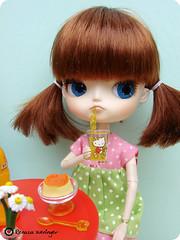 london (* Rezinha *) Tags: london toy toys miniature doll brinquedo hellokitty dal mini coco boneca rement fashiondoll cenrio diorama miniatura dollhouse pudim adaw adollaweek