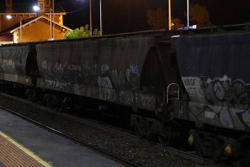 VHGF 319 J