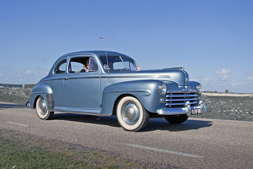 Ford DeLuxe V8 Coupé 1948 / model year 1947 (3995)