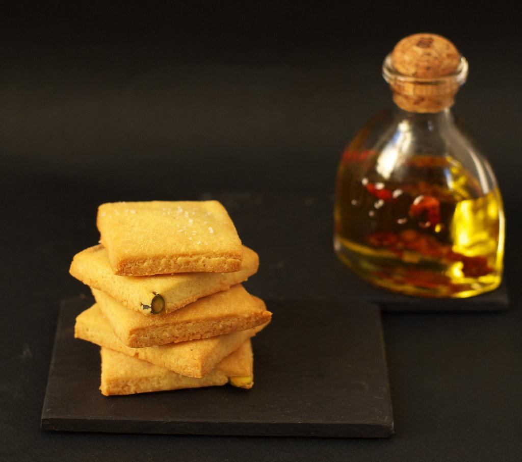 Crackers mais, grana et huile d'olive