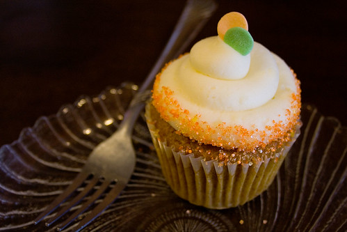 Indulge Cupcakes, Photos and Writeup by Roxanne Cooke