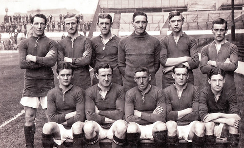 Manchester United 1916/17 team photograph