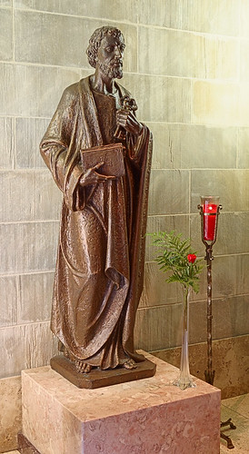Roman Catholic Cathedral of Saint Peter, in Belleville, Illinois, USA - statue of Saint Peter