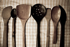spooning around (ion-bogdan dumitrescu) Tags: new wood old pink look vintage table wooden spoon used cloth spoons bitzi ibdp mg0259edit findgetty ibdpro wwwibdpro ionbogdandumitrescuphotography