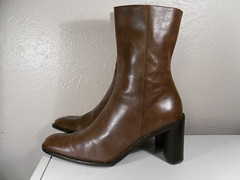 Vintage Brown Women Banana Republic Mid Calf Stack Heel Ankle Boot Sz 9 (txvintagebootsshoes) Tags: brown vintage boot women republic 9 banana stack heel ankle calf mid sz
