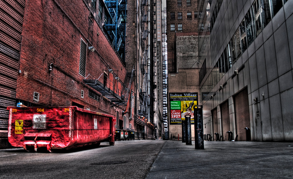 One of Chicago's alleys.