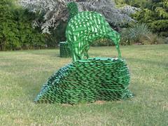 2007-12-23-Stoneleigh-2007-27-03-Topiary (russellstreet) Tags: newzealand sculpture topiary auckland nzl manukau aucklandbotanicalgardens jeffthomson sculpturesinthegarden2007 stoneleighsculpturesinthegarden2007