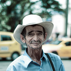 (Alejo Henao) Tags: street people portraits 50mm nikon colombia dof bokeh strangers stranger emotional medellin 50mm18 500x500 inthestreet nikond80 winner500