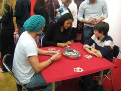Cassandra Steen spielt UNO (auf der Spiel '09)