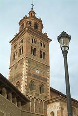 Torre de la Catedral de Teruel (TerePedro) Tags: espaa art church spain arquitectura torre arte cathedral catedral iglesia unesco campanile aragon duomo teruel campanario mudejar patrimonio patrimoniodelahumanidad aboutiberia