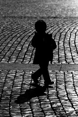 I am a child (Biaph) Tags: shadow roma backlight child ombra bimbo portfolio controluce sampietrino biaph barbaraabate bambinochecorre