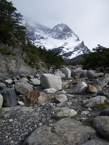 4103362296 040dc70fe3 Torres del Paine