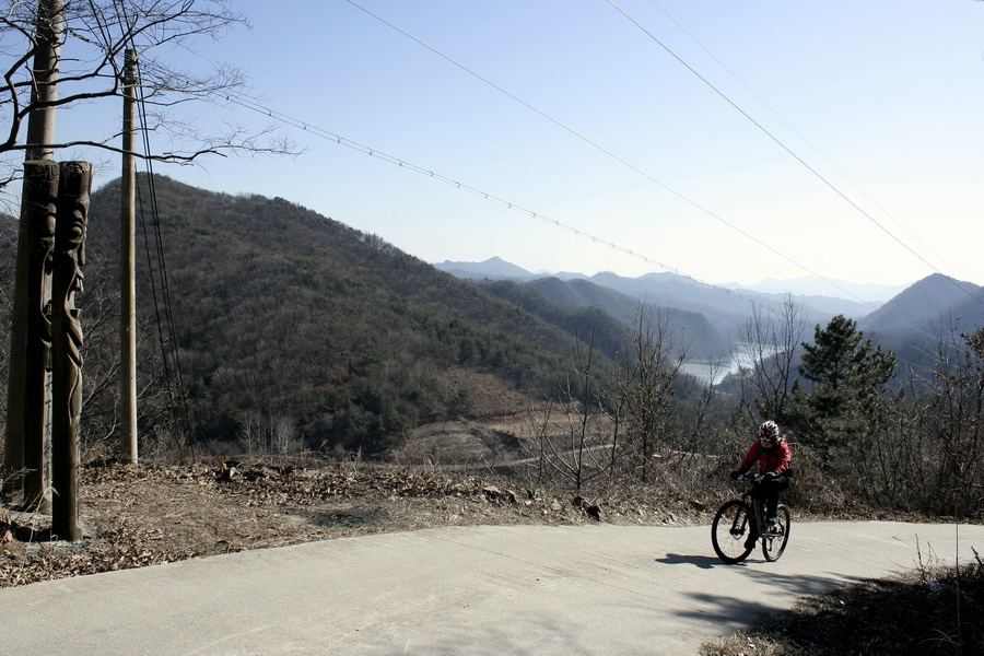 Uphill(1)