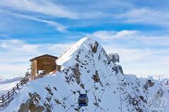 Winterlandschaft auf 3000m Seehöhe // Hintertuxer Gletscher (cade.rina) Tags: gondel tirol austria zillertal mountain snow