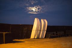 Full moon at Viking Bay (pic fix) Tags: kent kentcoast boats moon night nightshot broadstairs vikingbay clouds