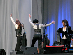 The Webb Sisters About To Turn Cartwheels, Leonard Cohen Concert, Weybridge