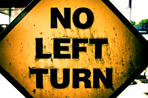 Yellow no left turn traffic sign in Stayton Oregon