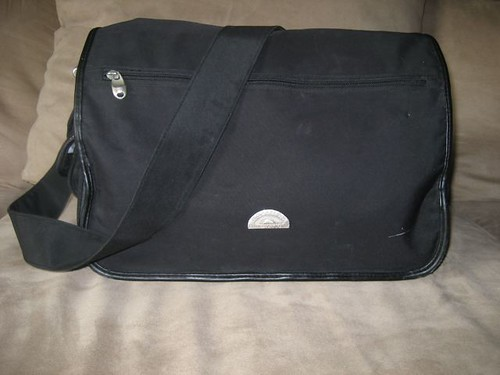 Baby Innovations Diaper Bag ~ $10