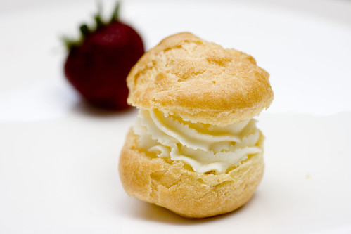 Mascarpone Cream Puff with Strawberry