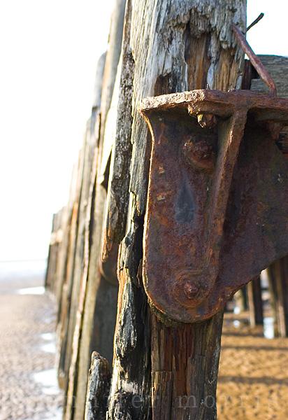 Old pier details 2