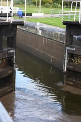 Its coming. Boat leaving locks (DianneB 2007.) Tags: marina boats cheshire widnes spikeisland dib gadgetgirl fiddlersferrypowerstation