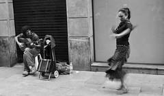 P1030509 (svet) Tags: street bw spain bilbao euskadi flamenco moo3 lx3