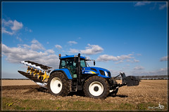 Plow (BraCom (Bram)) Tags: autumn brown tractor field rural flow farm country farming working move farmland till land worker produce farmer plow agriculture plowing plough cultivation agricultural prepare tracktor goereeoverflakkee cultivating furrow bracom