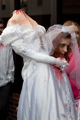 Headless Bride (Nick, Programmerman) Tags: headless bride zombie 1635 headinhands 1dii omahaflickr zombiewalkomaha upcoming:event=4558027