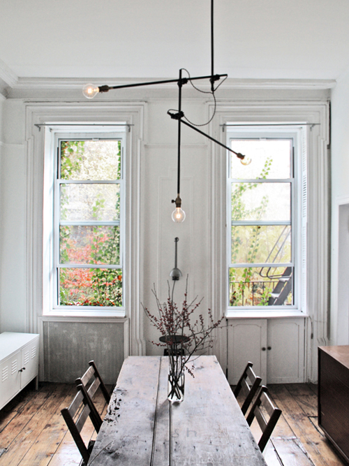 loving this industrial chandelier which i found on decor8 this light