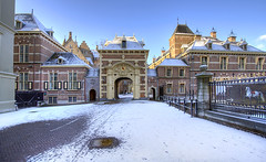 "Binnenhof • <a style=""font-size:0.8em;"" href=""http://www.flickr.com/photos/45090765@N05/4325153809/"" target=""_blank"">View on Flickr</a>"