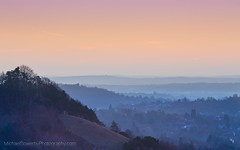 Daybreak at Colley Hill (Michael Sowerby Photography) Tags: colley hill reigate surrey dawn morning sunrise early soft colours tone calm serene hills view outdoor cold mist misty uk england north downs canon 70200mm sky landscape