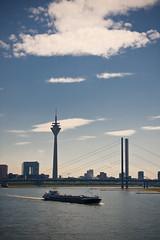 Düsseldorf (tbinte) Tags: germany dusseldorf brücke turm düsseldorf rhein schiff nordrheinwestfalen japantag brcke dsseldorf