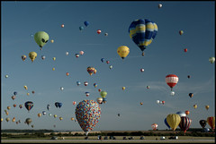 329 Balloons by mortimer?, on Flickr