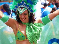 25years Zomer-Carnaval 2009 in Rotterdam (Andy von der Wurm) Tags: boy woman holland netherlands girl female youth costume rotterdam jung erotic bbw young parade teen latina frau 2009 niederlande erotik erotisch kostm summercarnaval summercarnival zomercarnaval kostuem twen hobbyphotograph sommerkarneval zommercarnaval andreasfucke