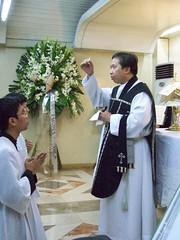 Requiem Mass Celebrated by Fr. Michell Joe B. Zerrudo (dennis_raymondm32) Tags: philippines mass requiem tridentine