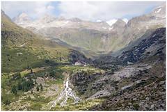 * (andreas_n) Tags: tirol österreich wasser zillertaleralpen schönbichlerhorn berlinerhütte mörchenscharte berlinerhöhenweg schluchtenscheiser sauanstrengend