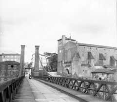 Pont suspendu et église Saint-Michel, Gaillac, avril 1897