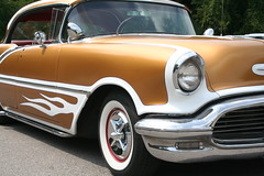 "1956 Olds Watson Style • <a style=""font-size:0.8em;"" href=""http://www.flickr.com/photos/85572005@N00/3896999040/"" target=""_blank"">View on Flickr</a>"