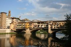 Ponte Vecchio (Matteo Bimonte) Tags: old bridge florence ponte tuscany firenze arno toscana vecchio fipili